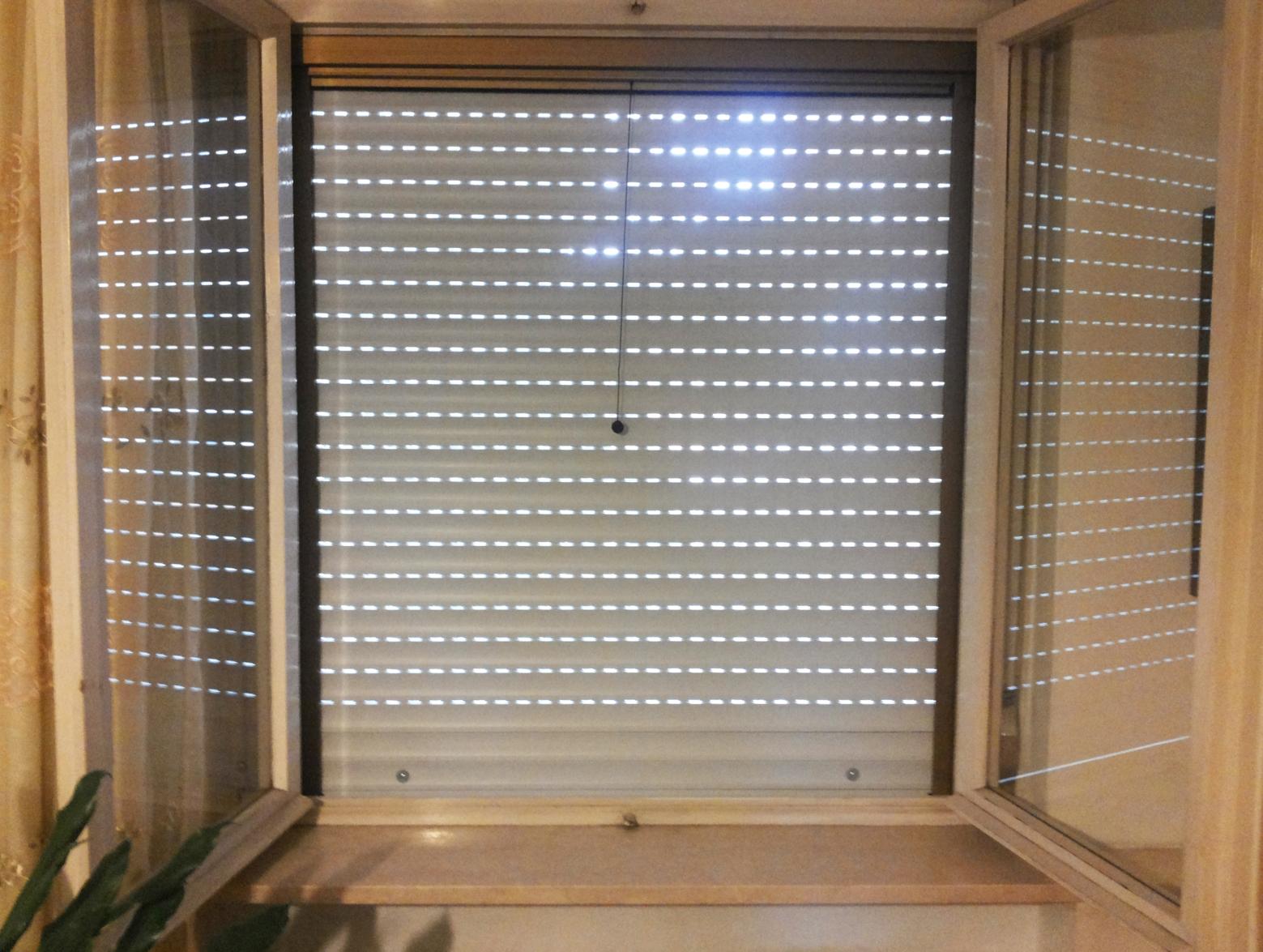 Motore tapparelle archives tapparelle e zanzariere al for Tapparelle per lucernari prezzi